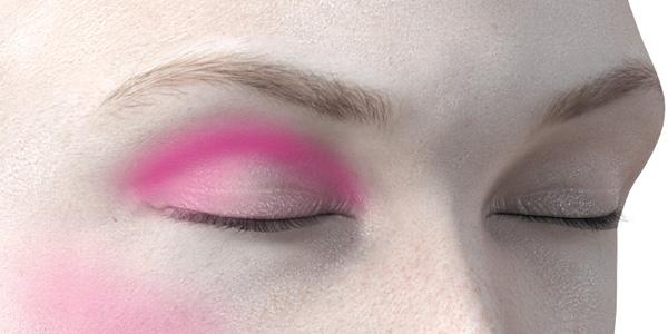 ピンクのアイシャドウ733